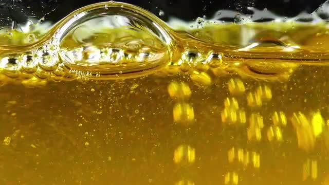 Oil Bubbles 4: Stock Video