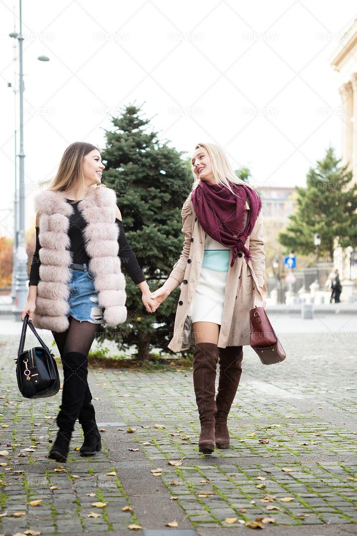 Girlfriends Having Fun: Stock Photos