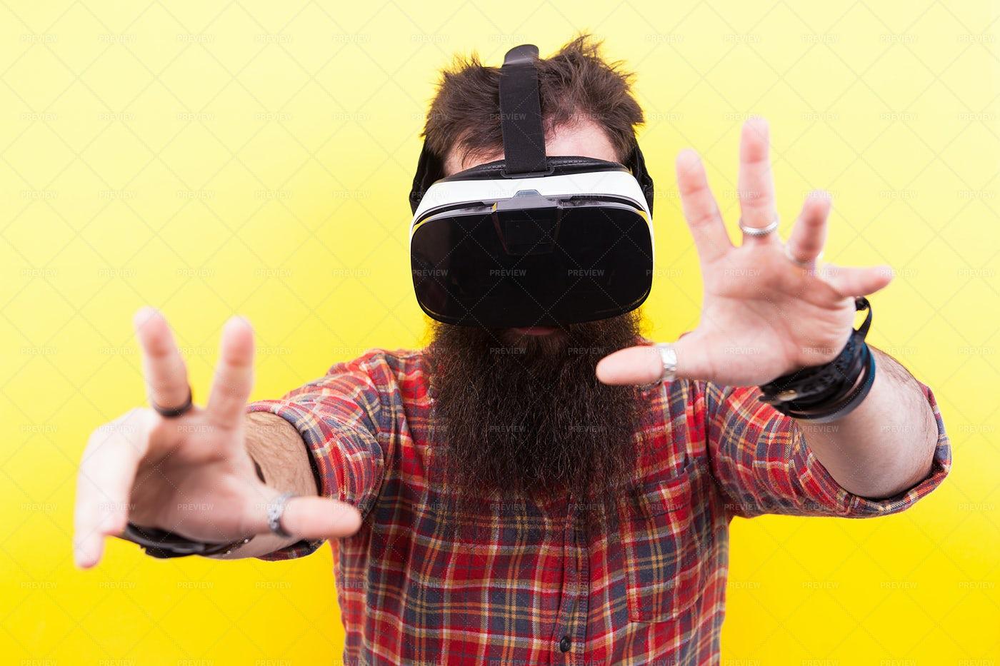VR Headset: Stock Photos