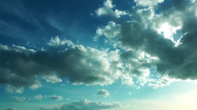 Bright Clouds: Stock Video