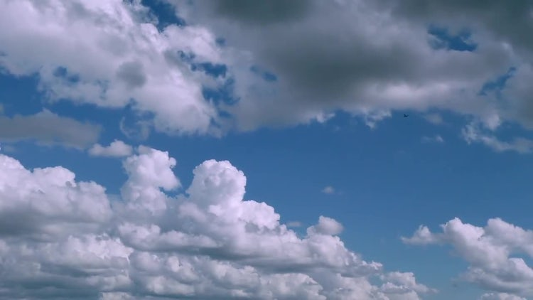 Clouds 17: Stock Video