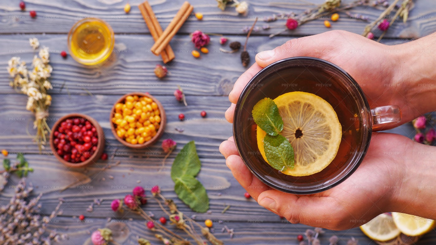 Autumn tea: Stock Photos