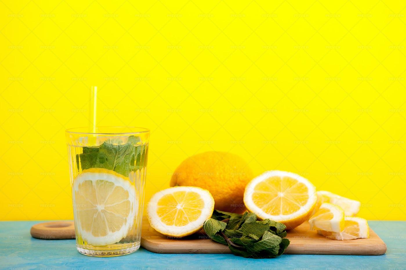 Organic Detox Water With Lemon: Stock Photos
