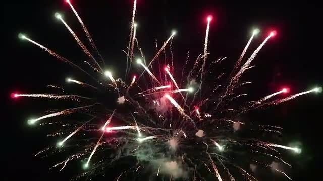 Fireworks In The Night Sky: Stock Video