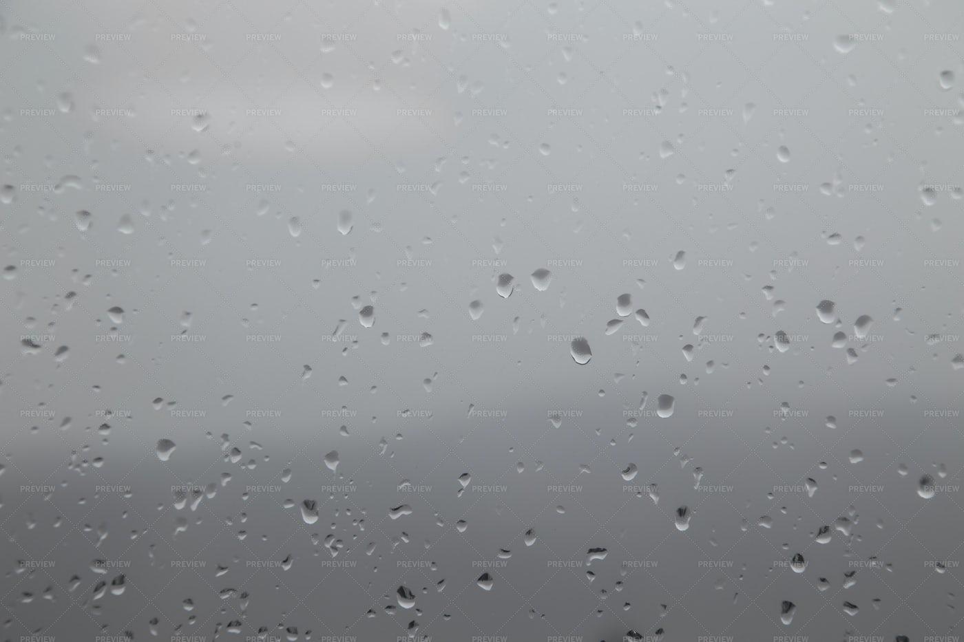 Raindrops: Stock Photos