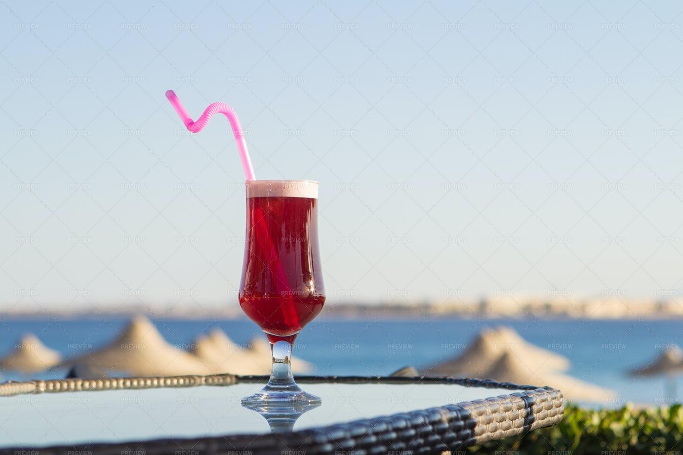 Iced Karkade Drink: Stock Photos