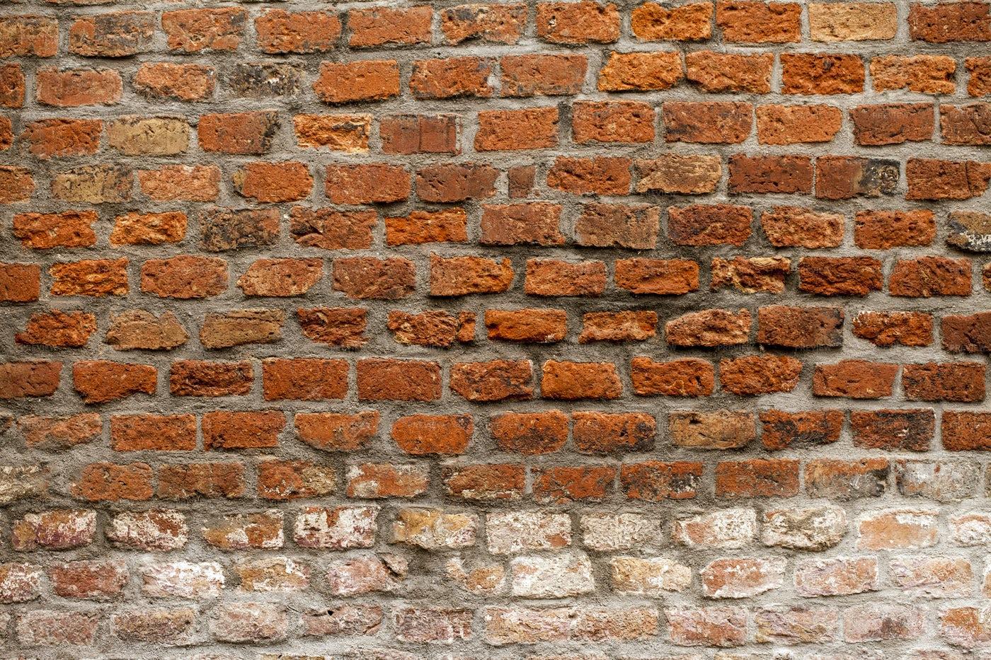 Two-Tone Brick Wall: Stock Photos