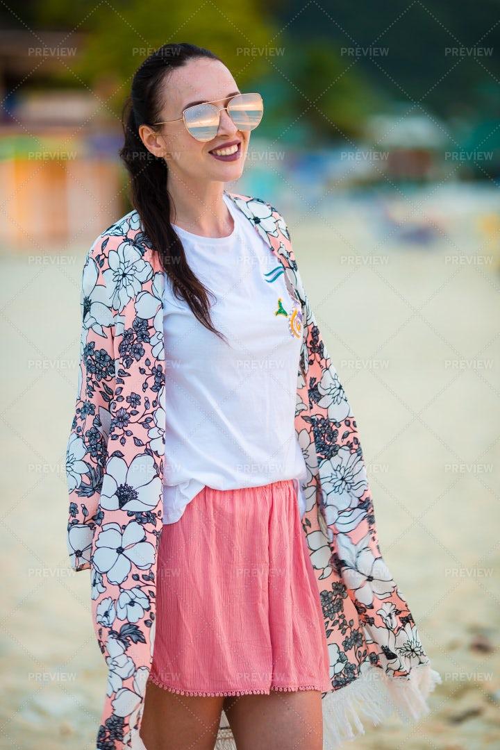 Stylish Girl On The Beach: Stock Photos