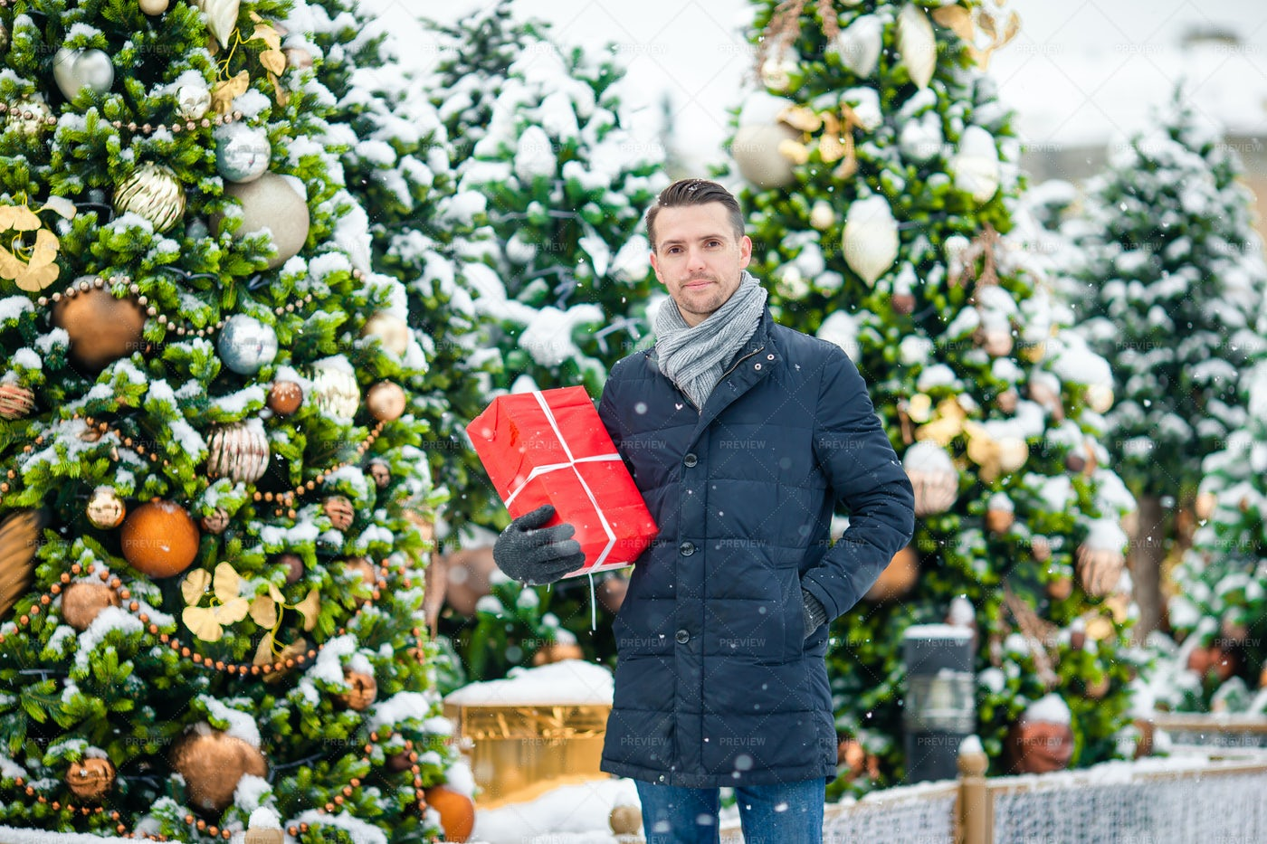 Man With Special Christmas Gift: Stock Photos