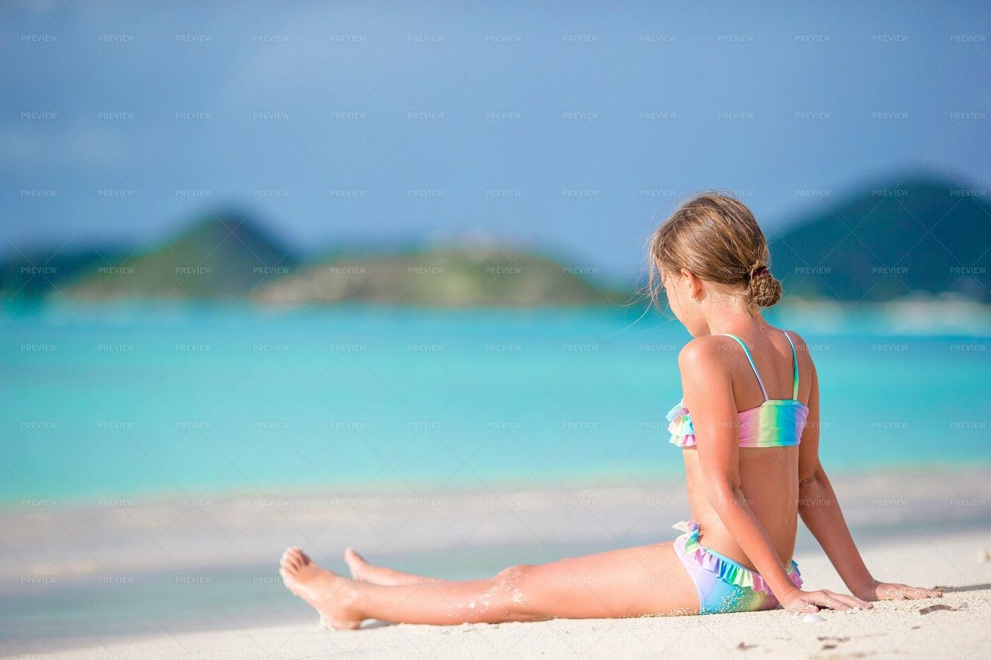 Girl Sunbathing: Stock Photos