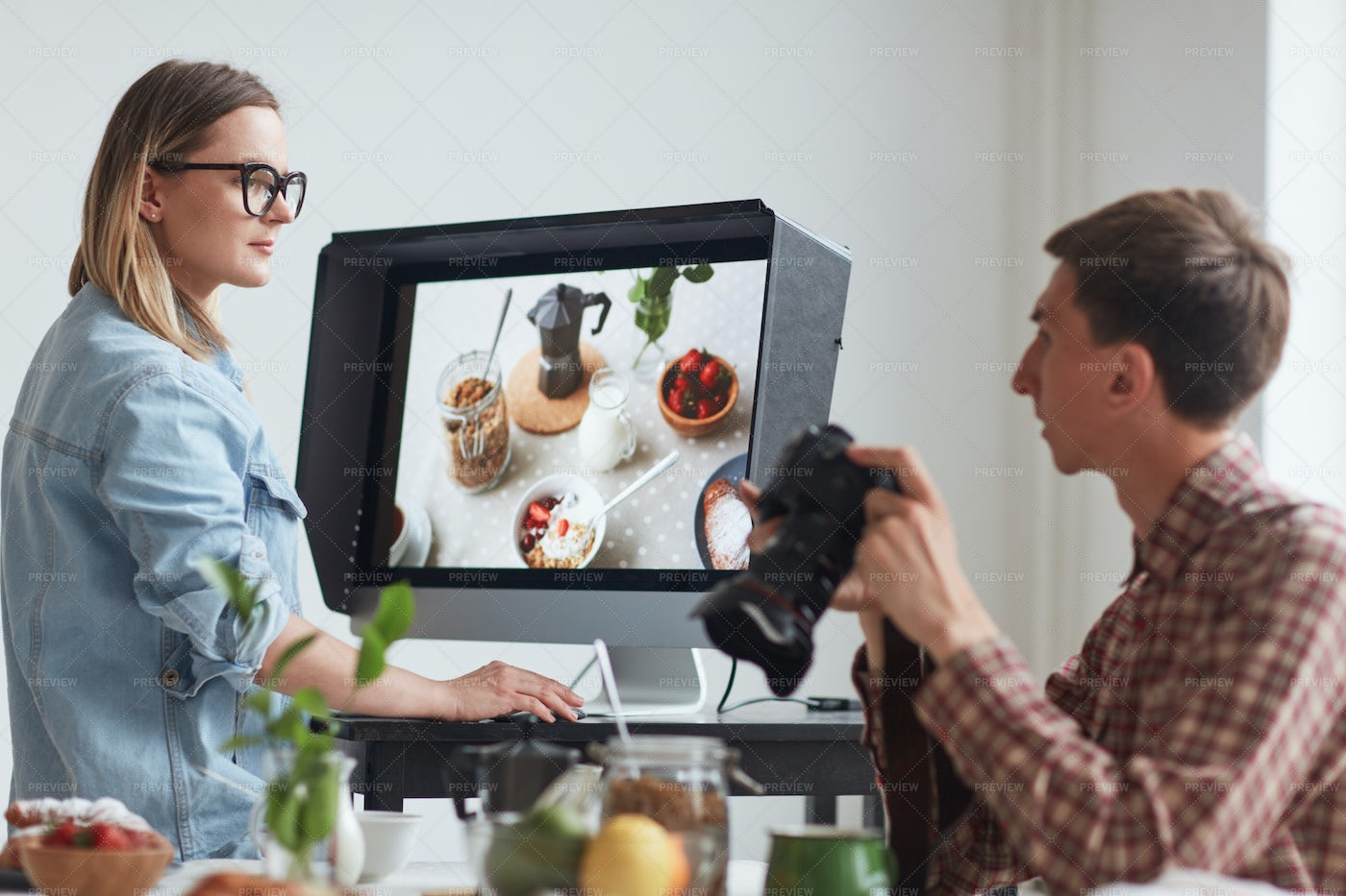 Colleagues Working: Stock Photos