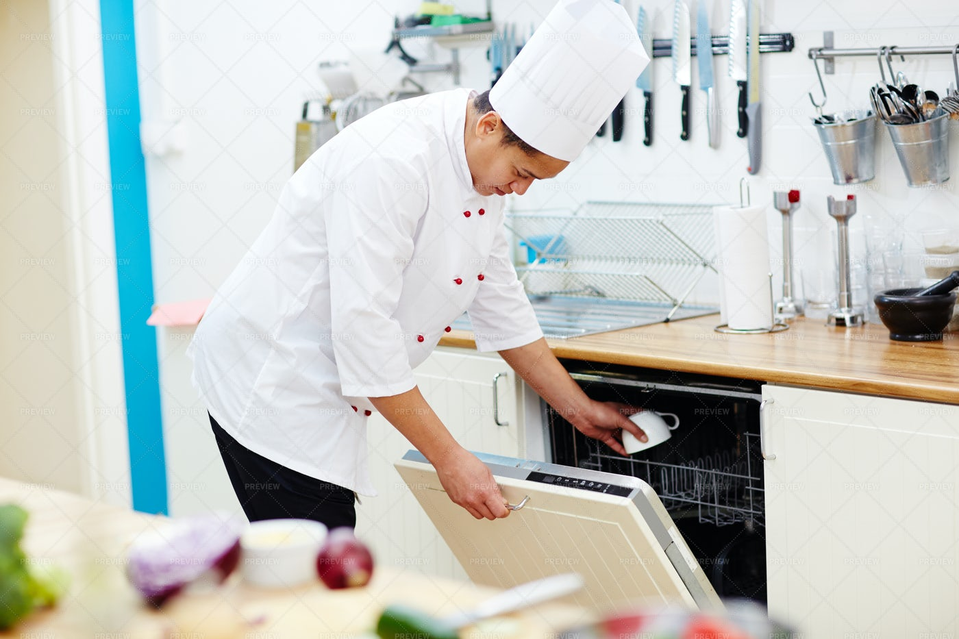 Chef Working In The Kitchen: Stock Photos