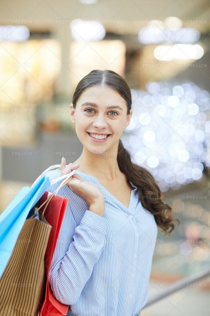 Modern Shopper: Stock Photos