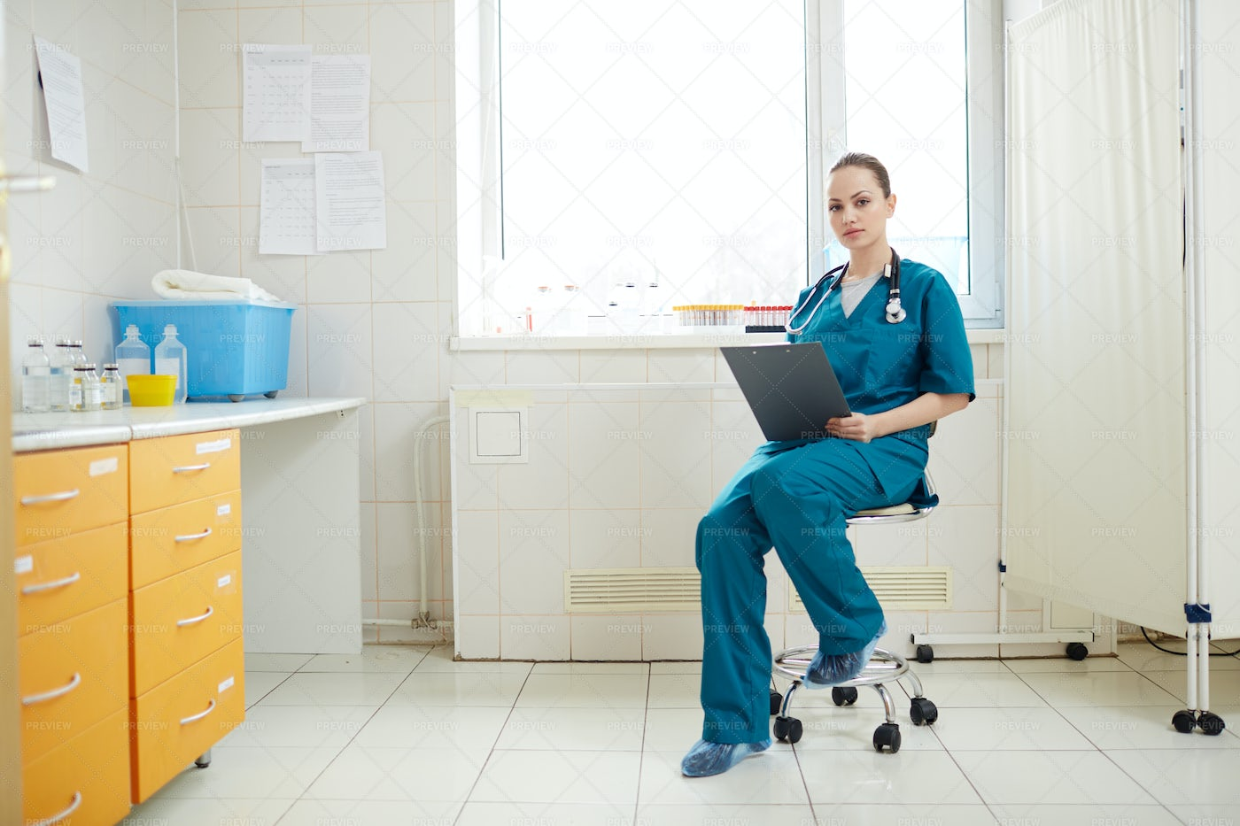 Waiting For Patients: Stock Photos