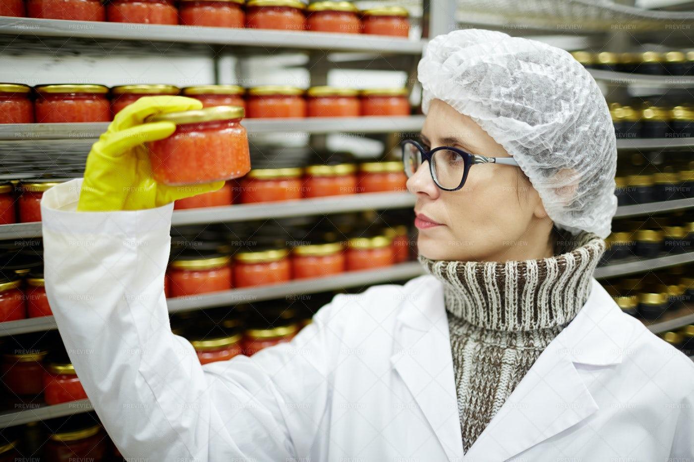 Caviar Expert: Stock Photos
