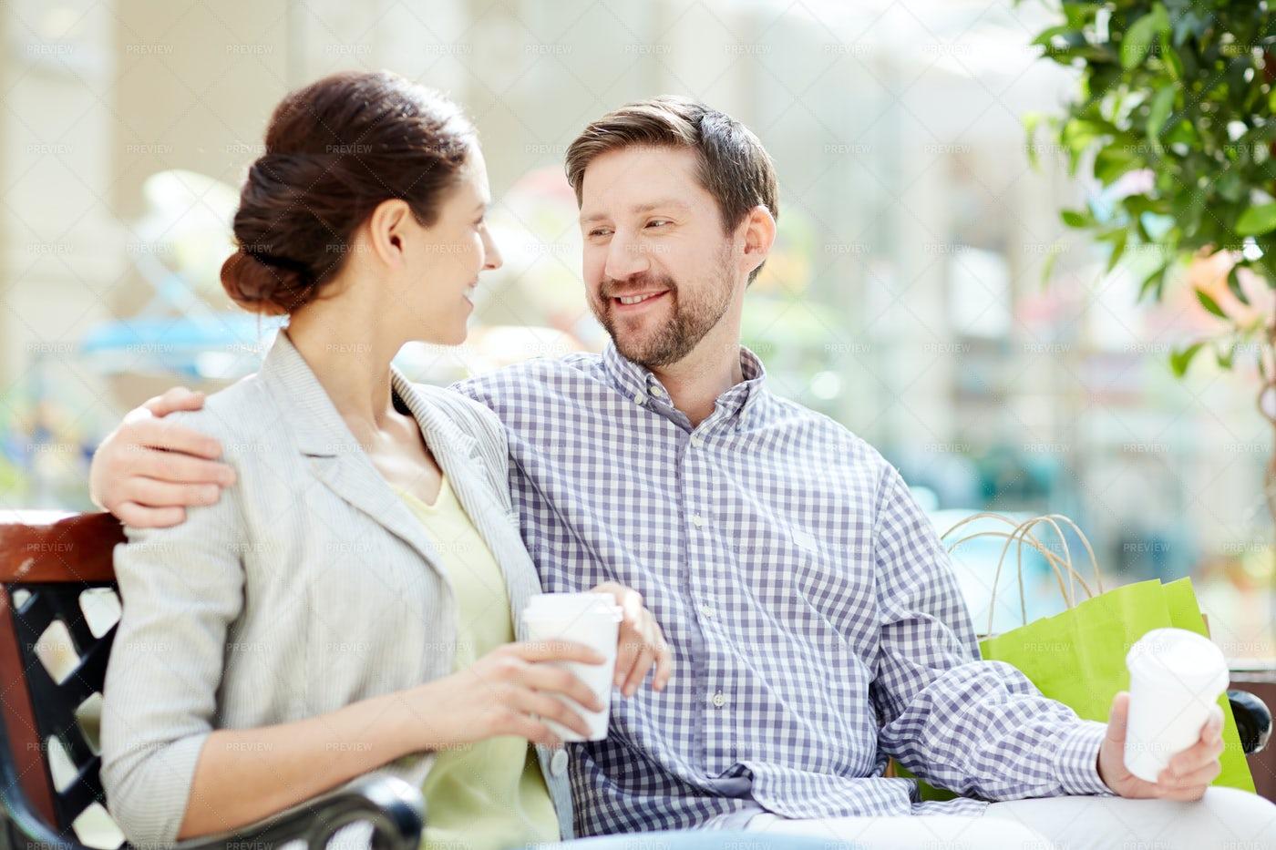 Talking Couple: Stock Photos