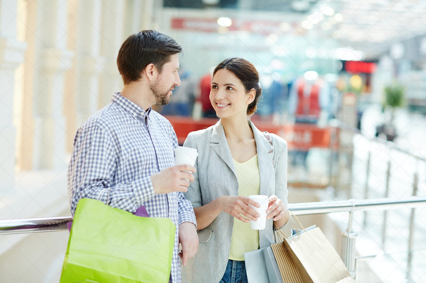 Young Shoppers: Stock Photos