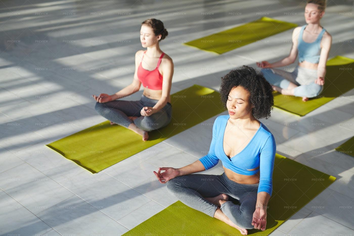 Girls In Yoga Center: Stock Photos
