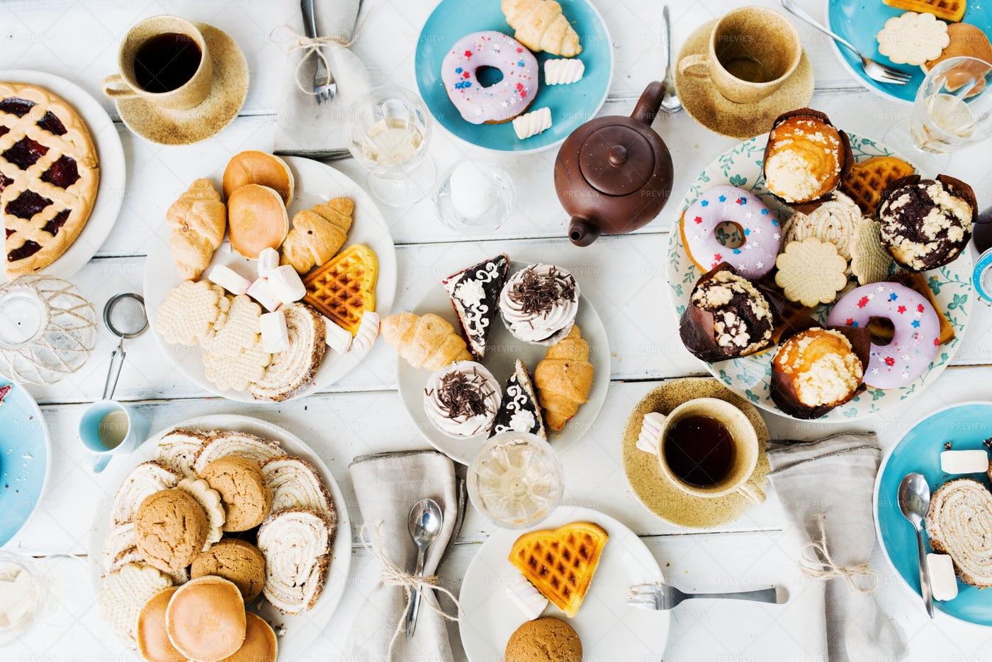 Dessert With Tea: Stock Photos