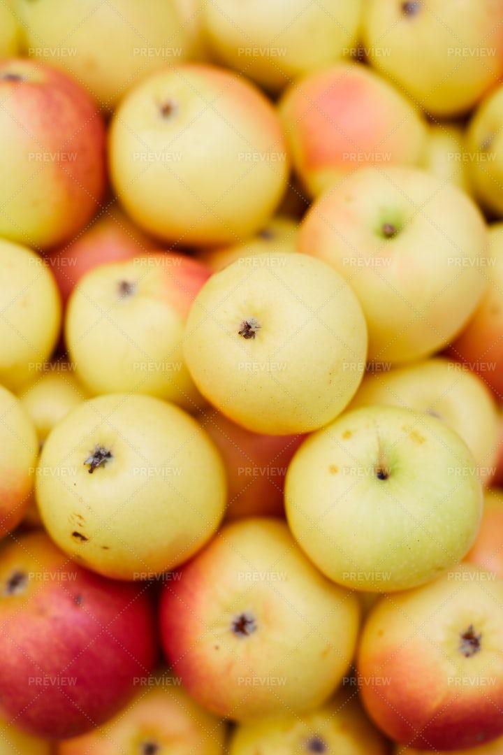 Yellow Apple Background: Stock Photos