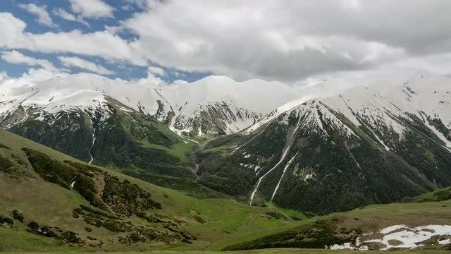 Snow Mountain Timelapse: Stock Video