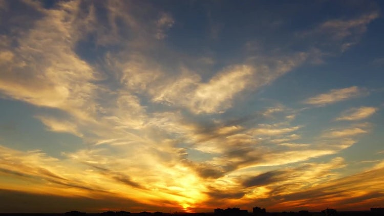 Fiery Sunset: Stock Video