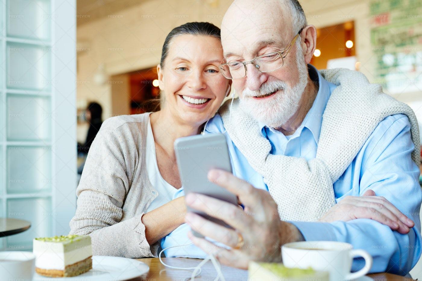 Modern Seniors: Stock Photos