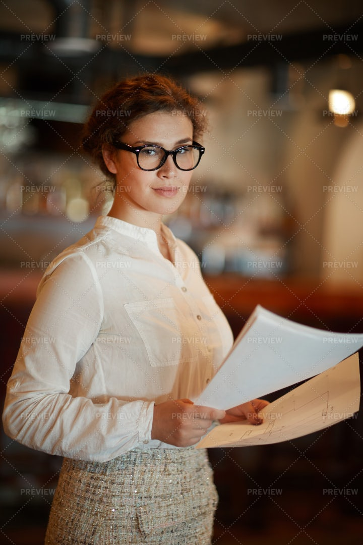 Female Manager: Stock Photos