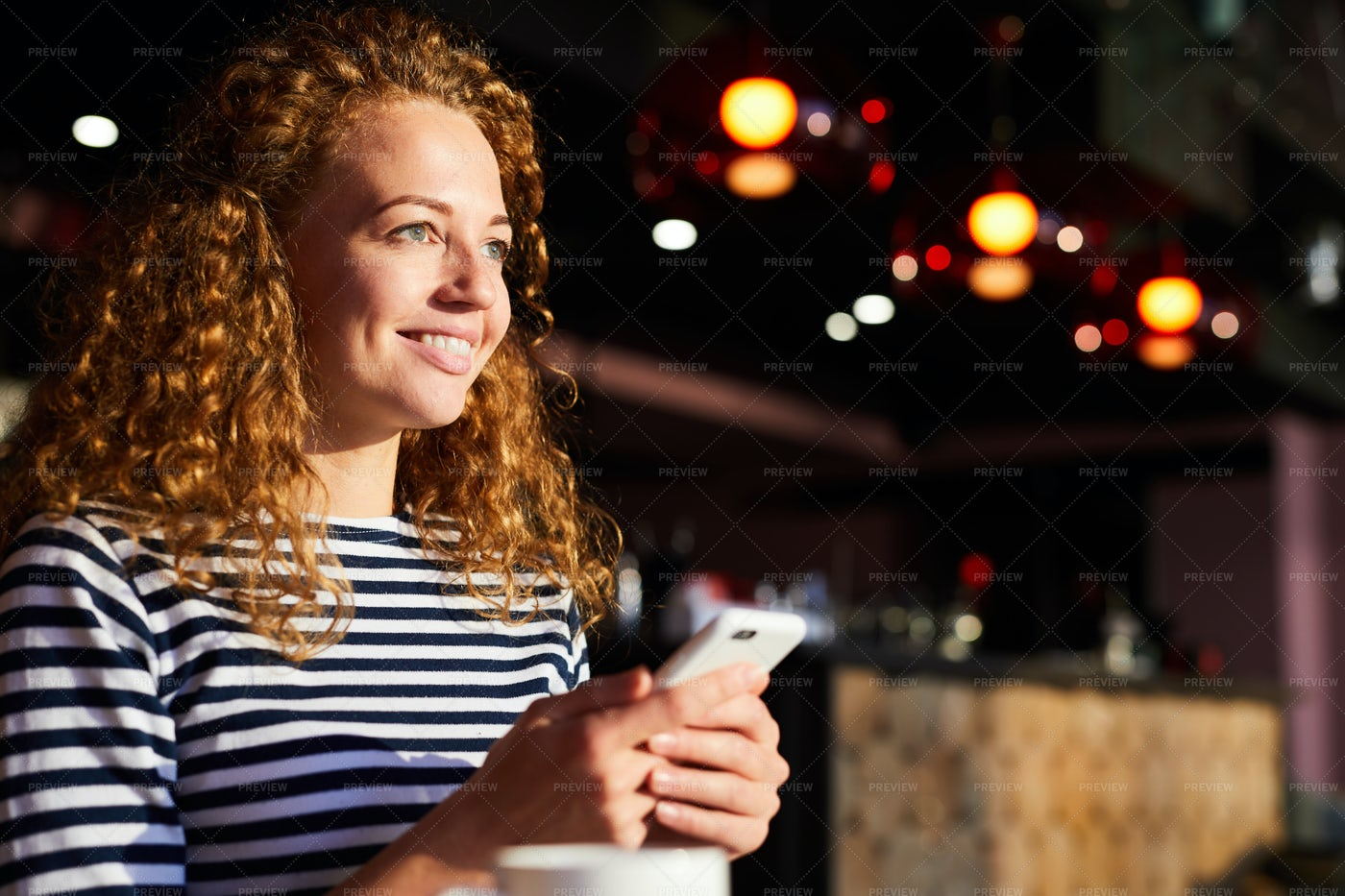 Excited Girl Reading Sms From Boyfriend: Stock Photos
