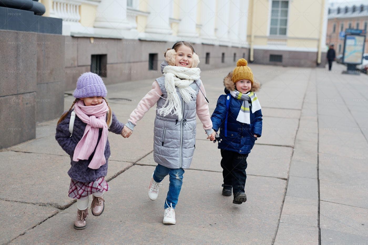 Kids Walking: Stock Photos