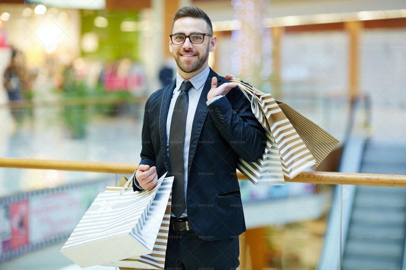 Businessman Shopping: Stock Photos