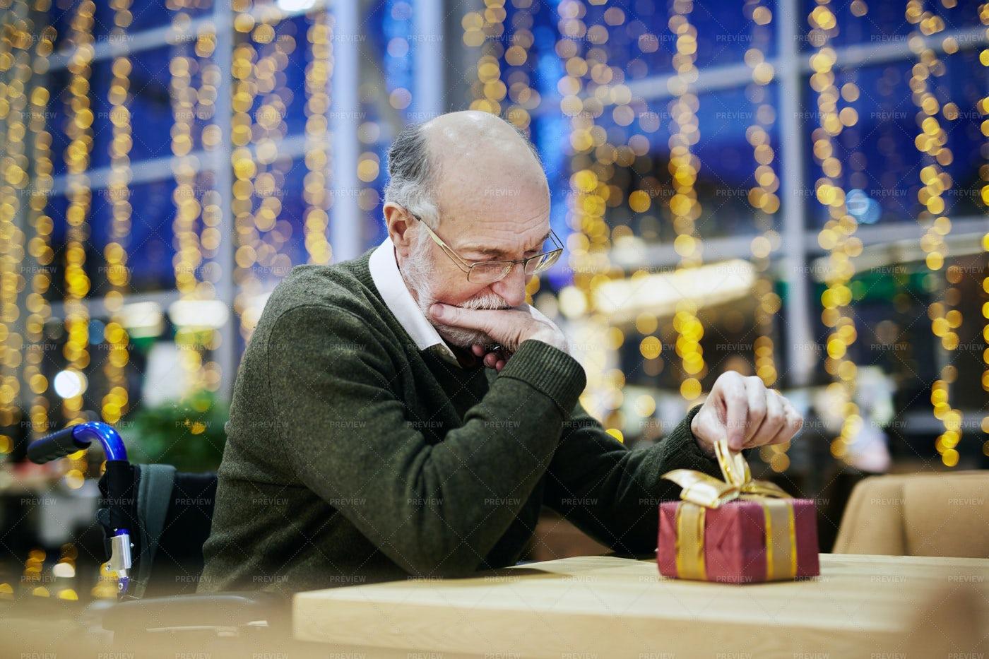 Pensive Man: Stock Photos