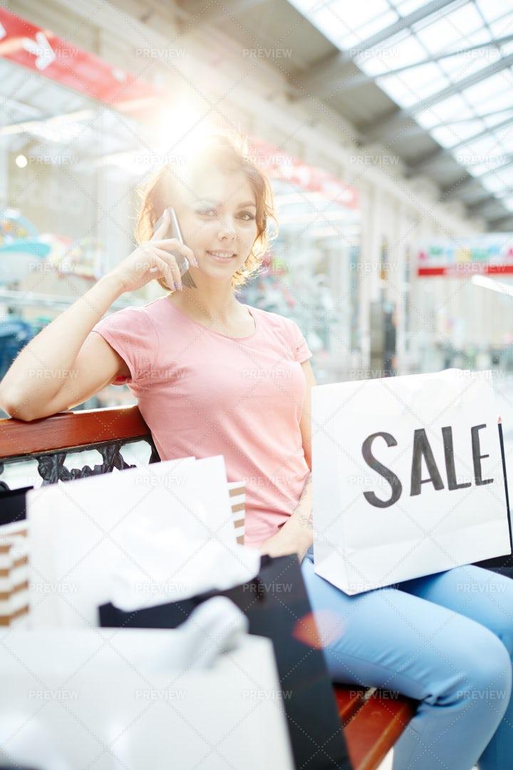 Shopper Calling: Stock Photos