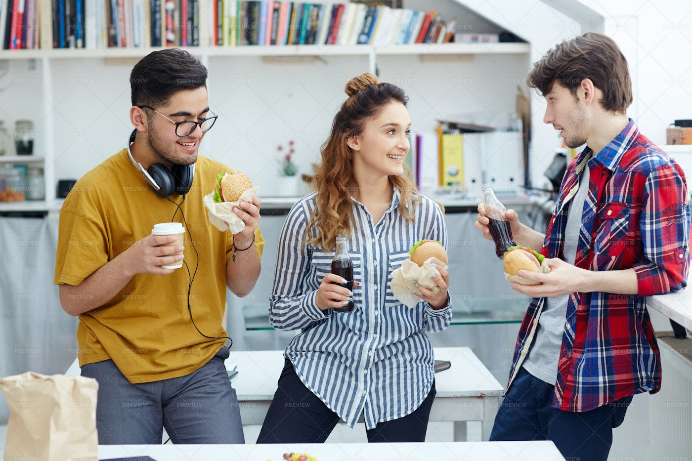 Students With Snack: Stock Photos