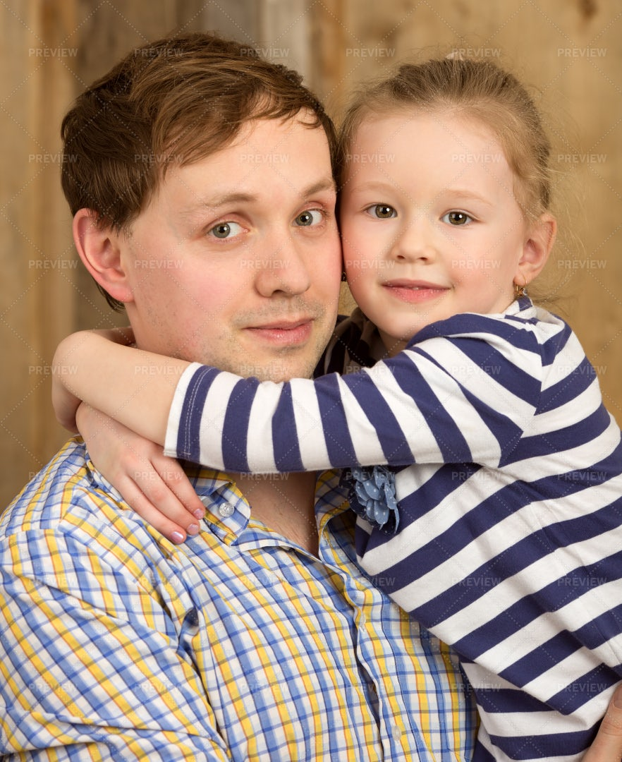 Portrait Of Father And Little Girl: Stock Photos