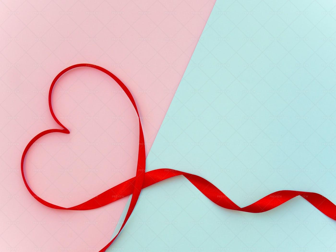 Heart Ribbon Background: Stock Photos