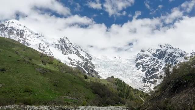 Mountain Timelapse 2: Stock Video