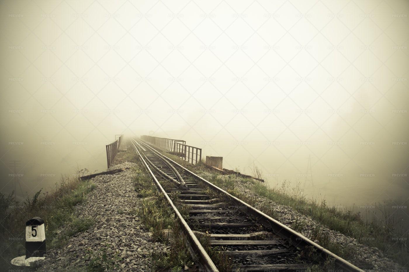 Train Tracks On Foggy Morning: Stock Photos