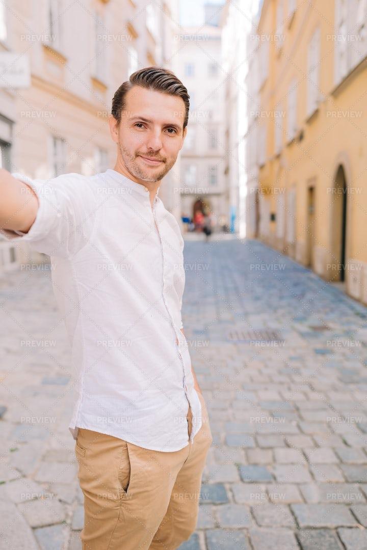 Man In Vienna Street: Stock Photos