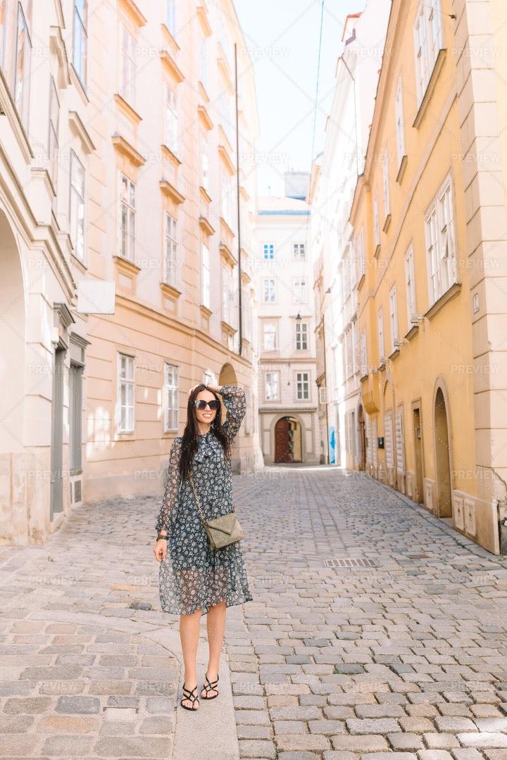 Tourist Girl In Vienna: Stock Photos