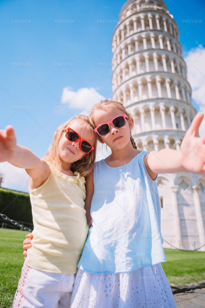 Sisters At Leaning Tower Of Pisa: Stock Photos