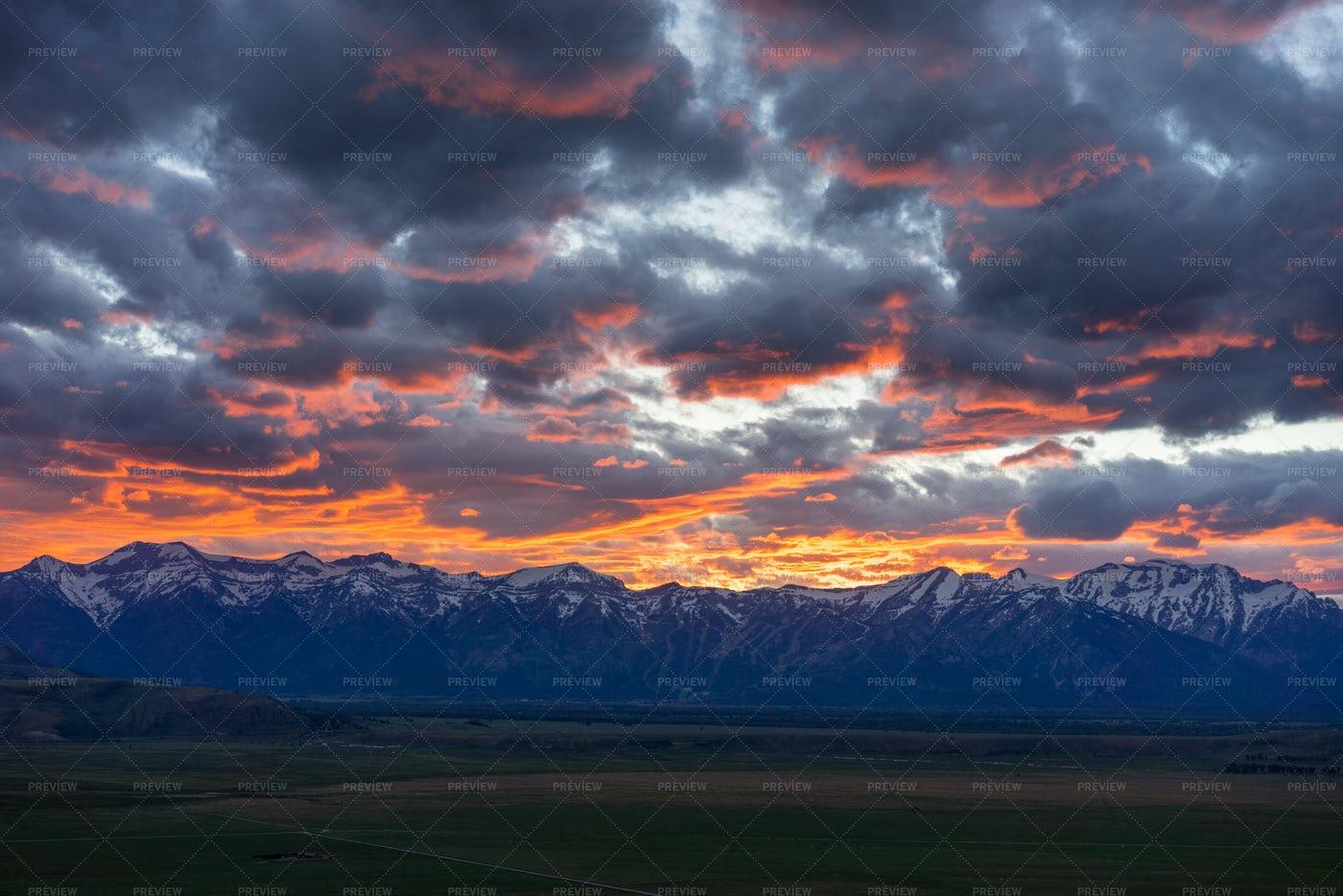 Sunset Behind Mountains: Stock Photos