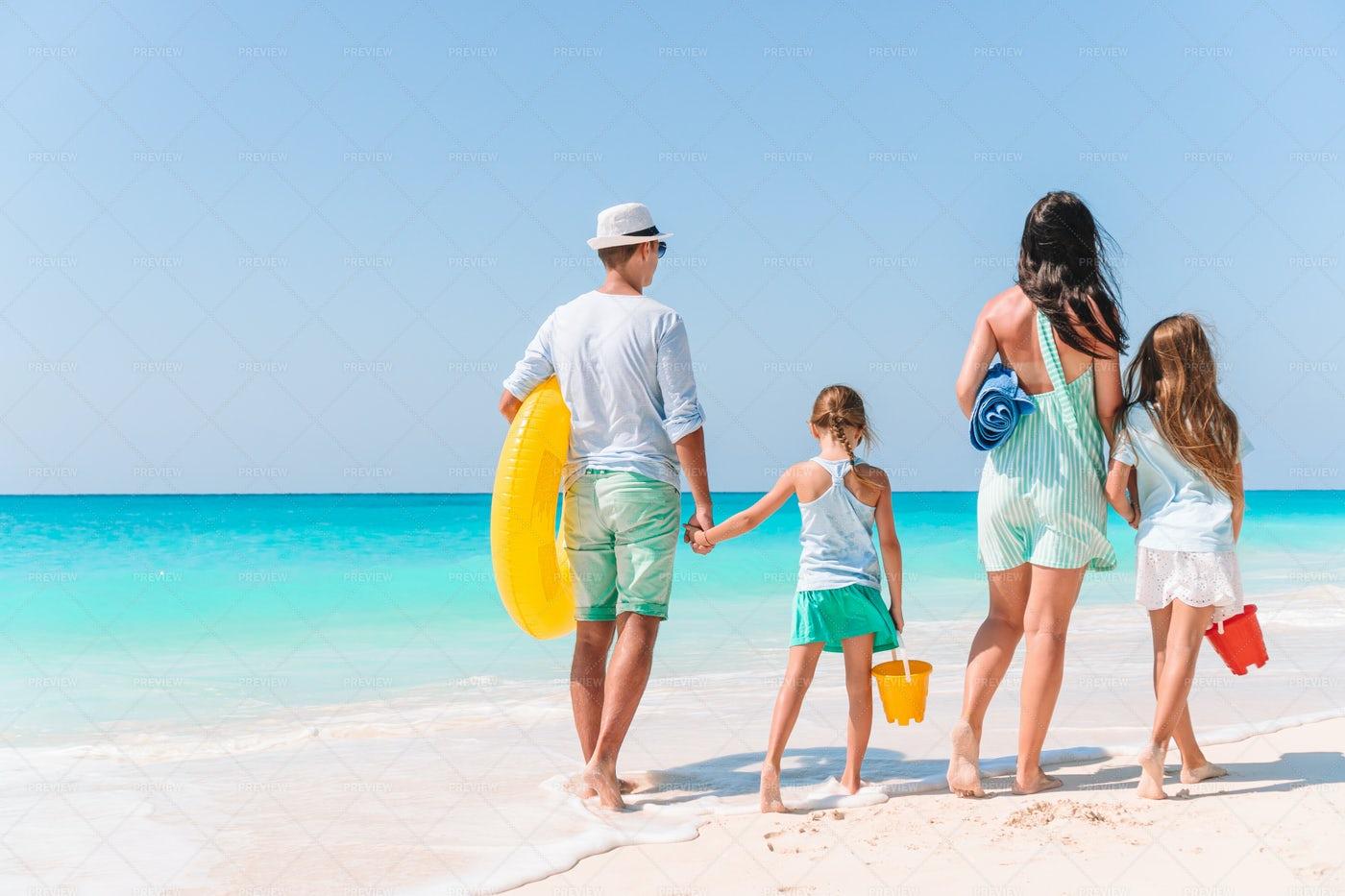 Family Beach Times: Stock Photos
