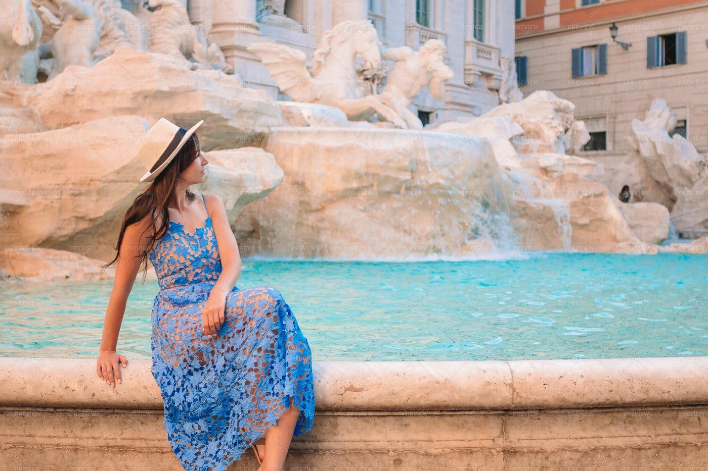 Woman Watching The Fontana Di Trevi: Stock Photos