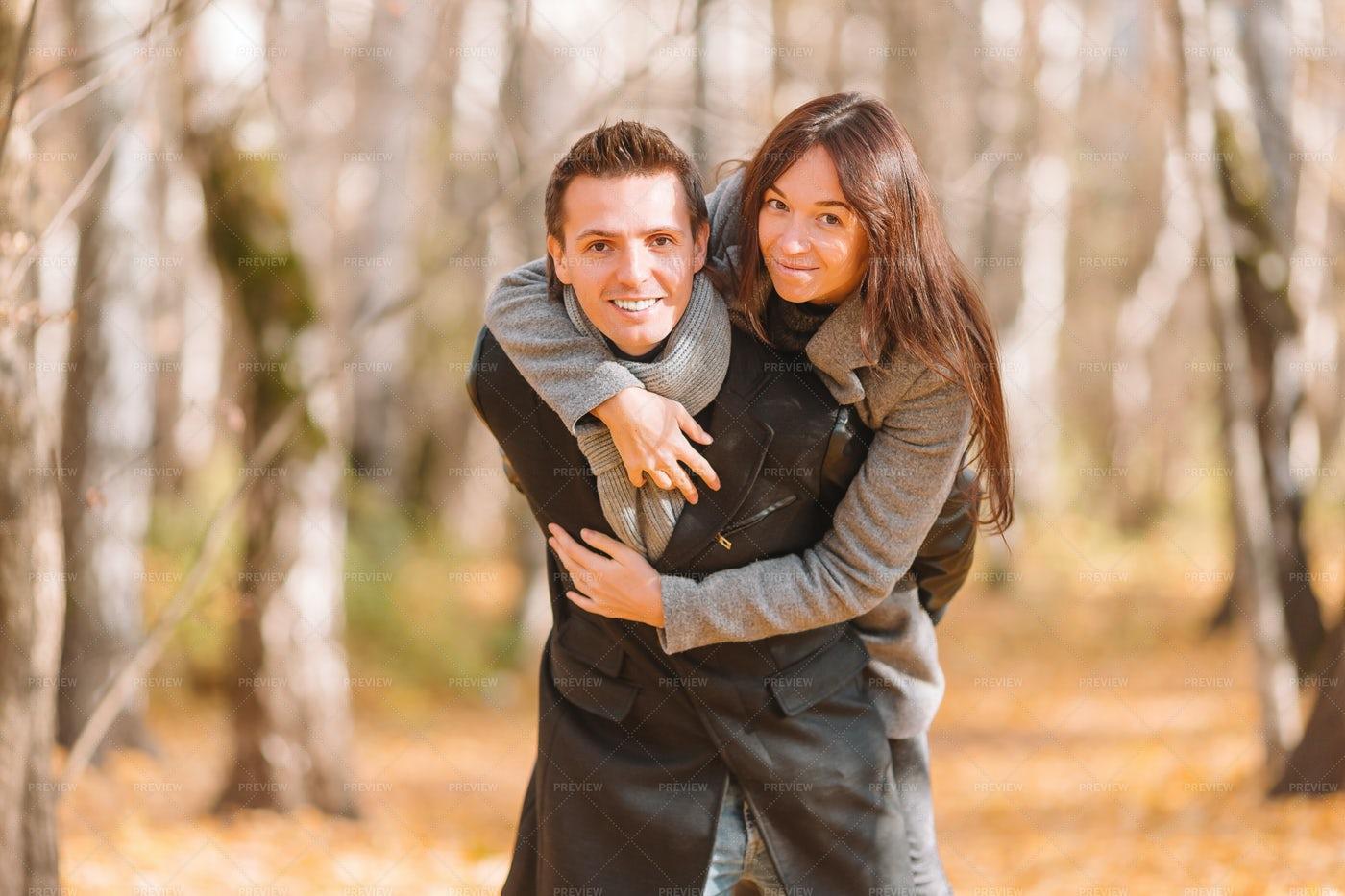 Man Carries Girlfriend: Stock Photos