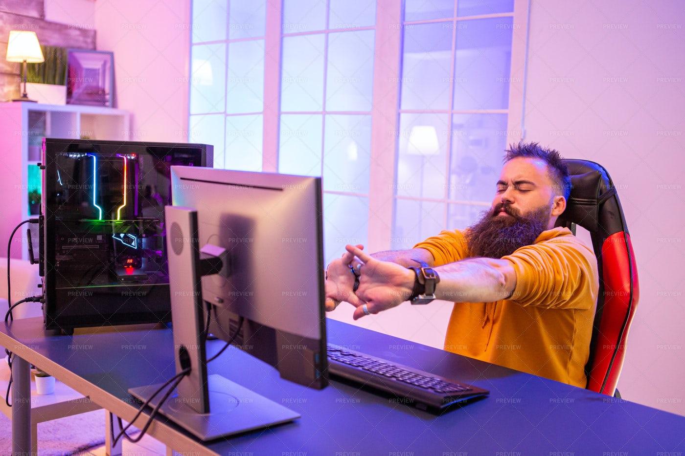 Professional Gamer With Long Beard: Stock Photos