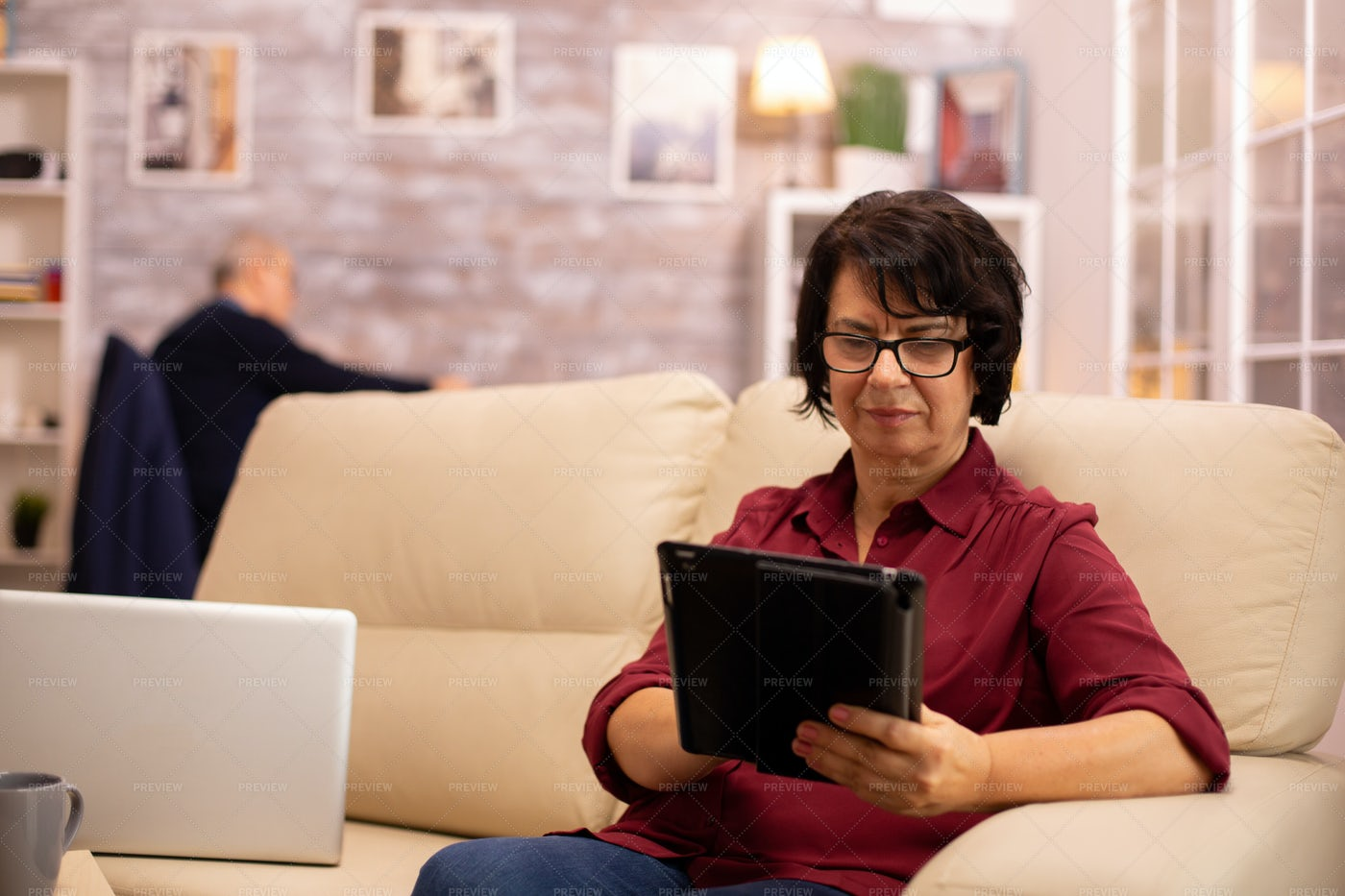 Working From Home With Ipad: Stock Photos