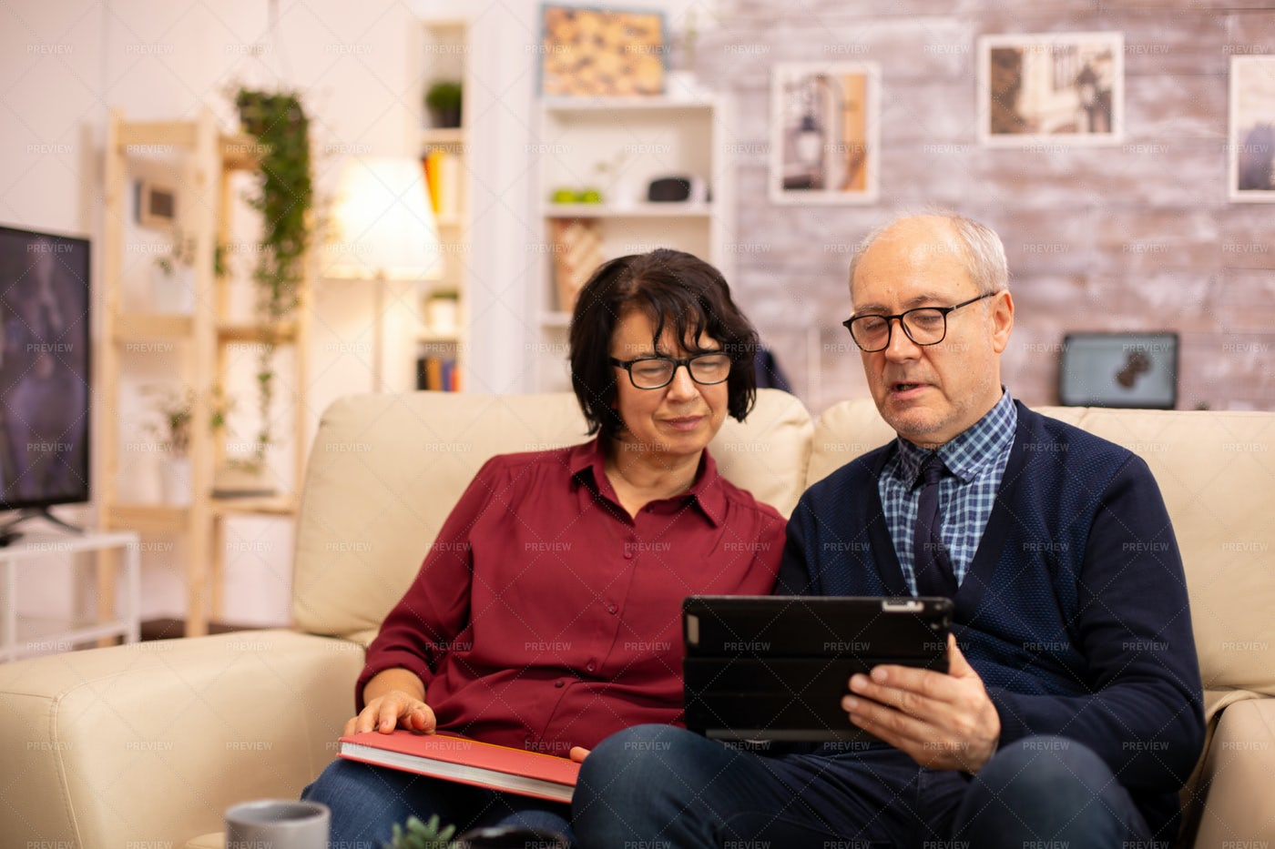Elderly Couple Using Tablet: Stock Photos