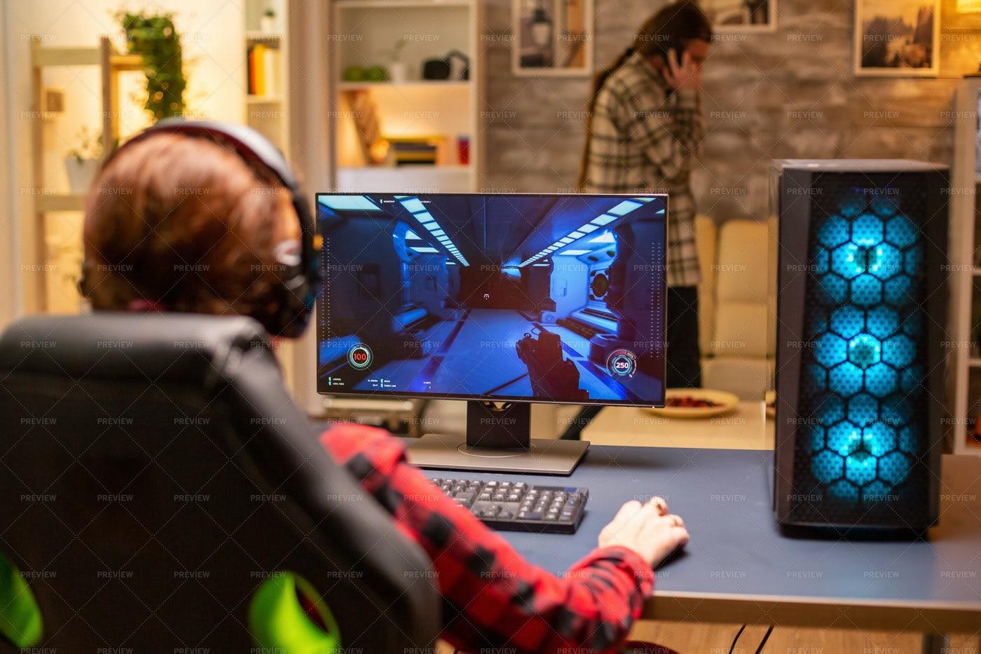 Gamer Playing On Desktop: Stock Photos