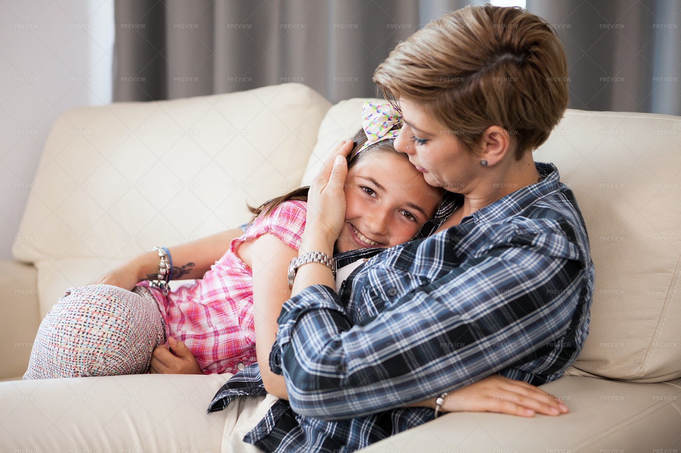 Snuggling With Mom: Stock Photos